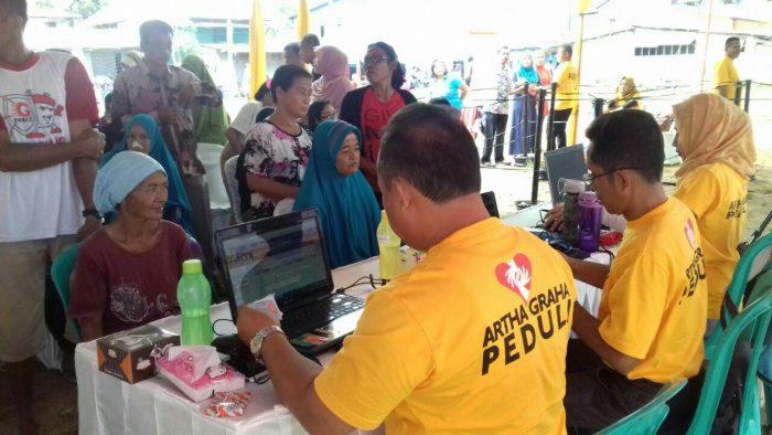 Operasi Pasar Digelar di Entikong Perbatasan Indonesia...